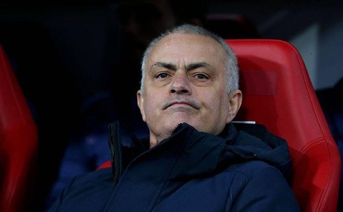 Calciomercato Napoli, offerta del Tottenham per Magalhaes