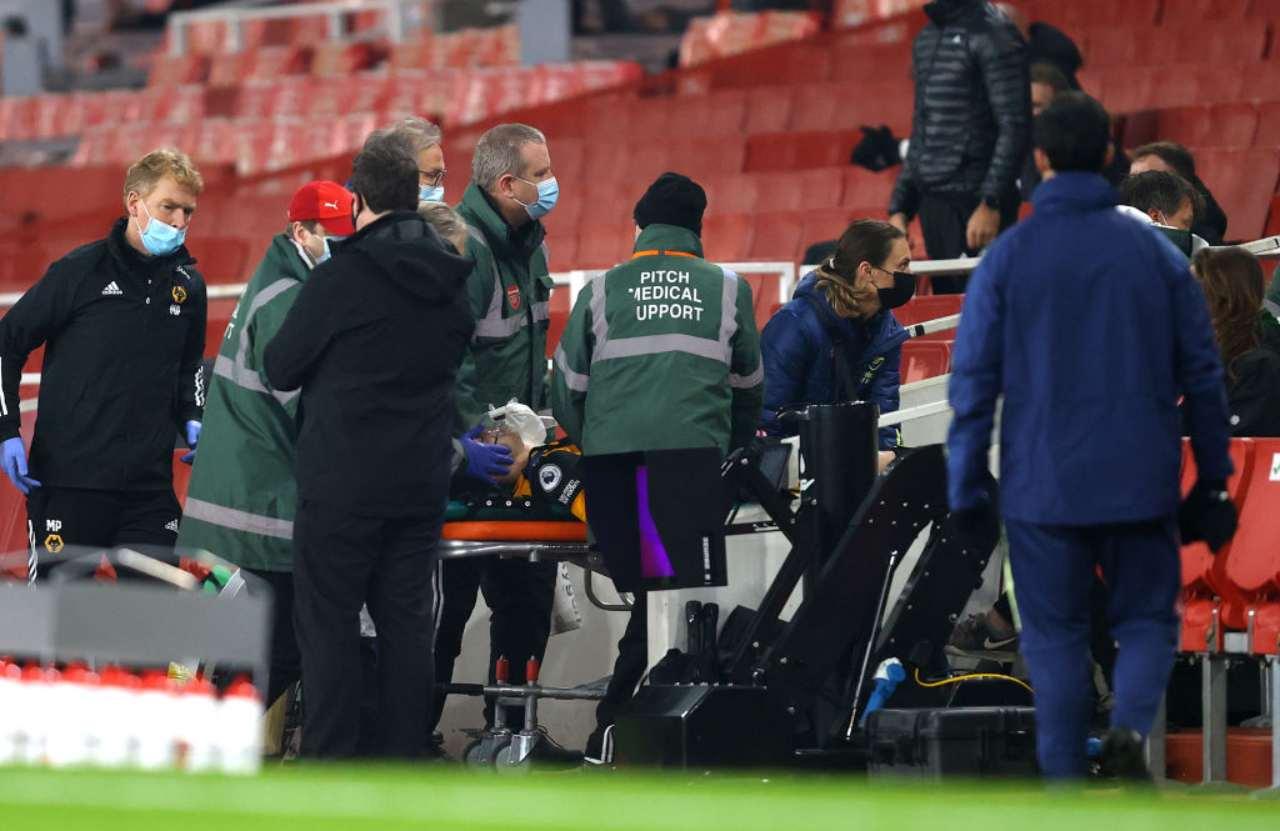 Paura in Arsenal Wolverhampton: Raul Jimenez a terra privo di sensi