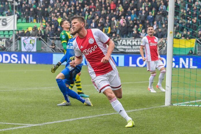 ritiro Huntelaar Ajax