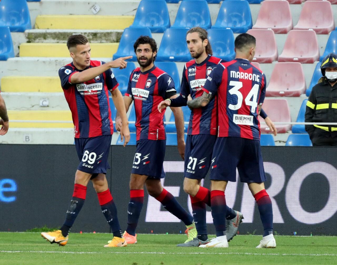 Messias show: il Crotone stende lo Spezia e conquista la prima vittoria