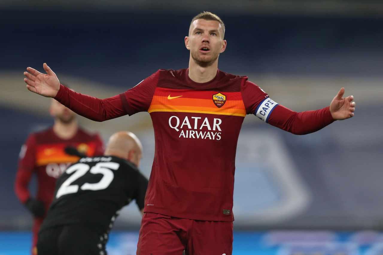 Calciomercato Roma, difficile l'addio di Dzeko | Juventus al varco