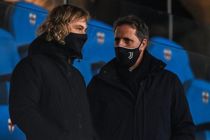 Calciomercato Juventus, allarme Paratici   Rilancio a sorpresa su Reynolds