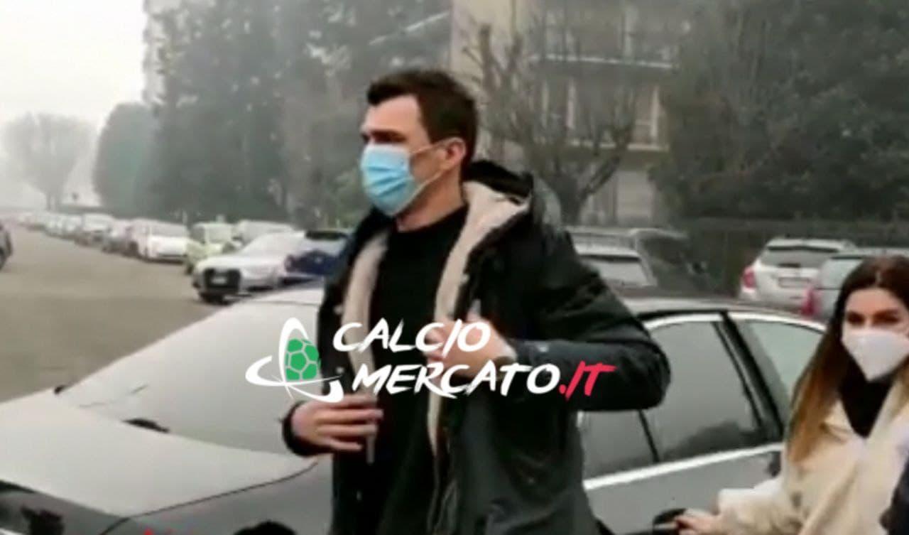 Mario Mandzukic all'Ambrosiana