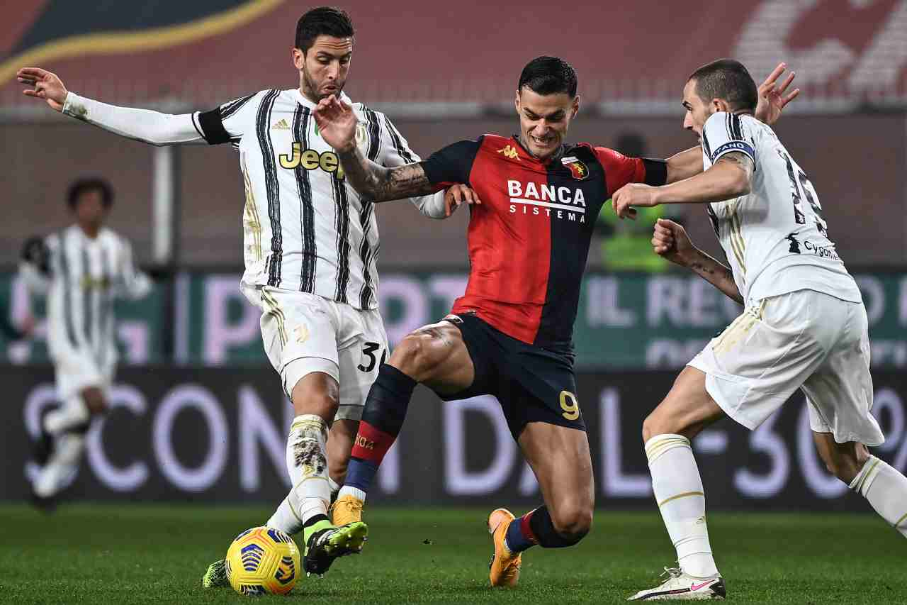 Calciomercato Juventus, Paratici punta Scamacca per l'attacco