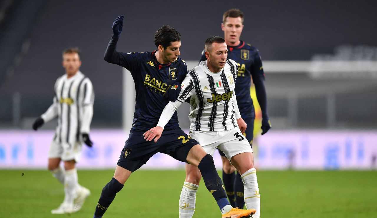 Calciomercato Juventus, scambio Bernardeschi-Piatek | Manca un sì!