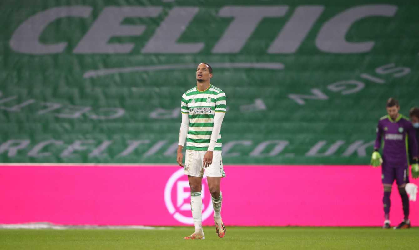 Celtic, comunicato ufficiale: Jullien positivo, Lennon e 13 giocatori isolati