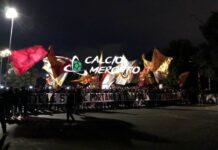 FOTO e VIDEO CM.IT | Lazio-Roma, delirio dei tifosi a Trigoria: spettacolo prima del derby