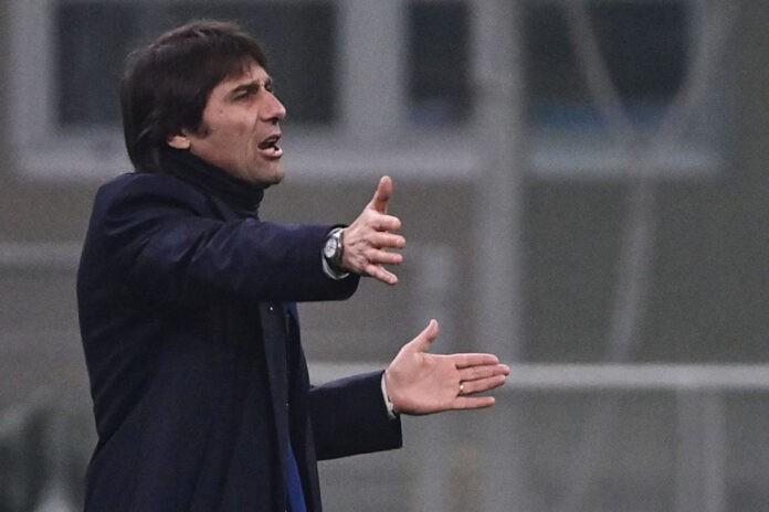Antonio Conte Renica critica