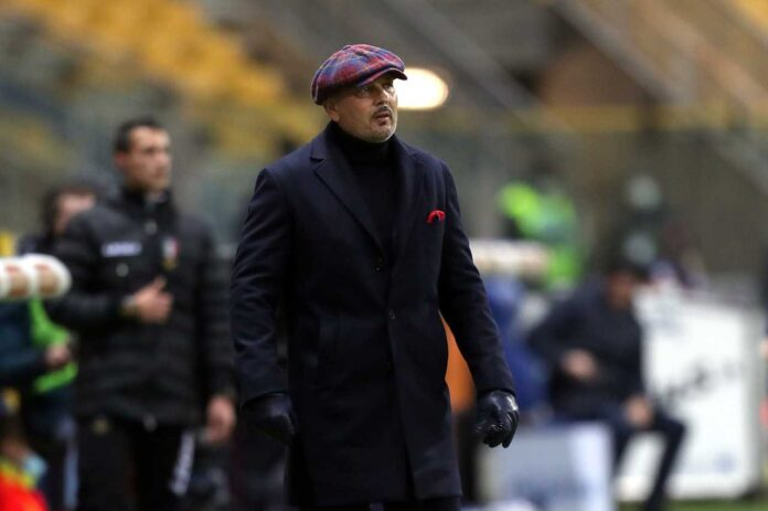 Crotone-Bologna, Palacio ammonito | Salta l'Inter per squalifica!