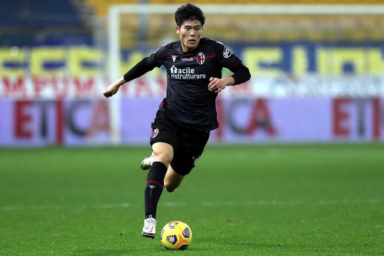 Calciomercato Milan, si allontana Tomiyasu | Occhio a Inter e Juventus