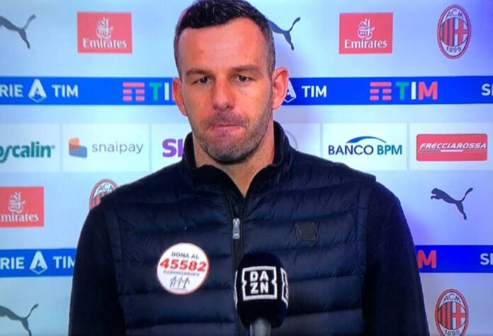 Milan-Inter, Handanovic 'attaccato' |