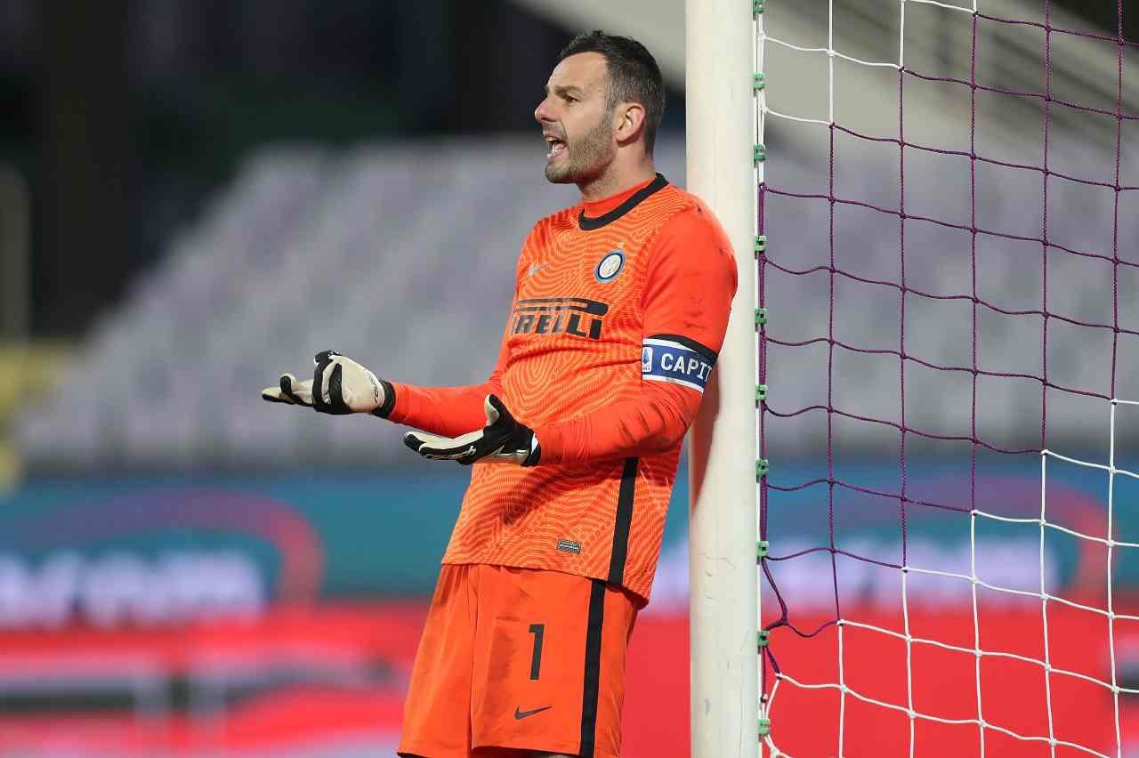 Calciomercato Inter, post Handanovic: interesse per Gulacsi del Lipsia