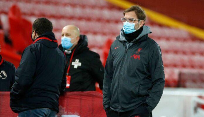Jurgen Klopp con la mascherina
