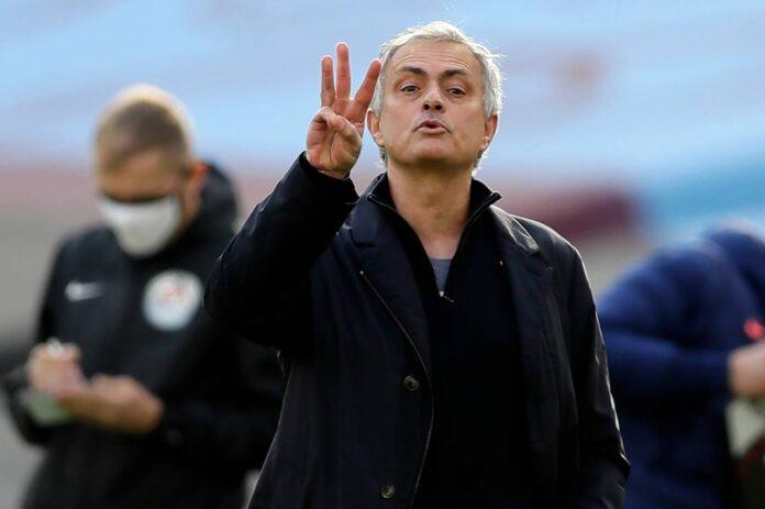 Calciomercato Juventus, sfuma il terzino | Offerta del Tottenham