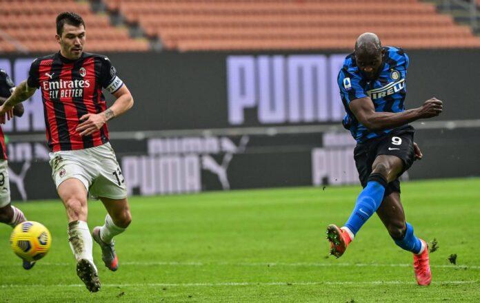 Roma-Milan, tutti contro Romagnoli  