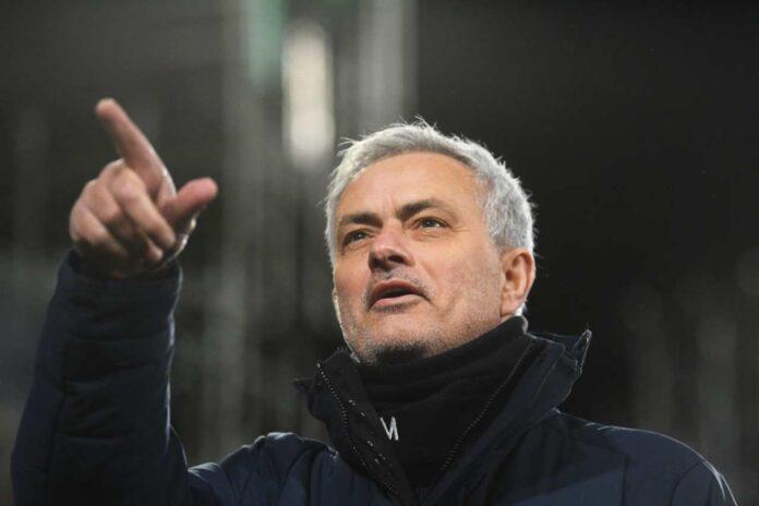 Juventus, Mourinho vuole Dybala