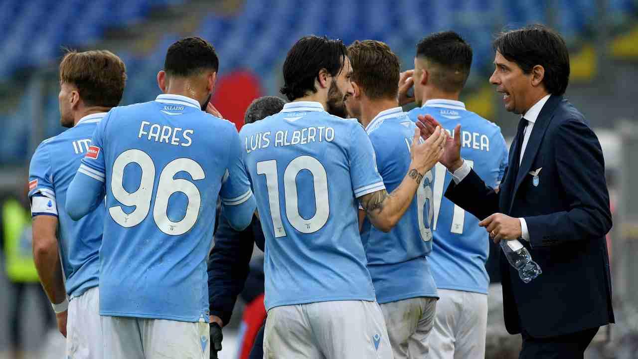 Serie A, Lazio-Crotone 3-2: Caicedo salva Inzaghi nel finale