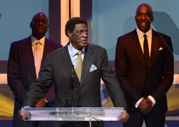 Lutto nel mondo NBA: è morto Elgin Baylor, leggenda Los Angeles Lakers