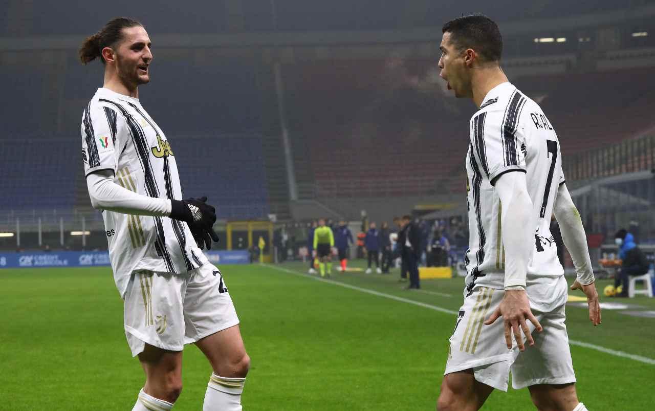 Calciomercato Juventus, non solo Ronaldo | Altre due cessioni
