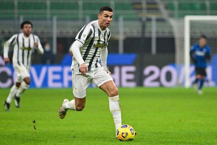 Calciomercato Juventus, addio Ronaldo | Super scambio e nuovo bomber
