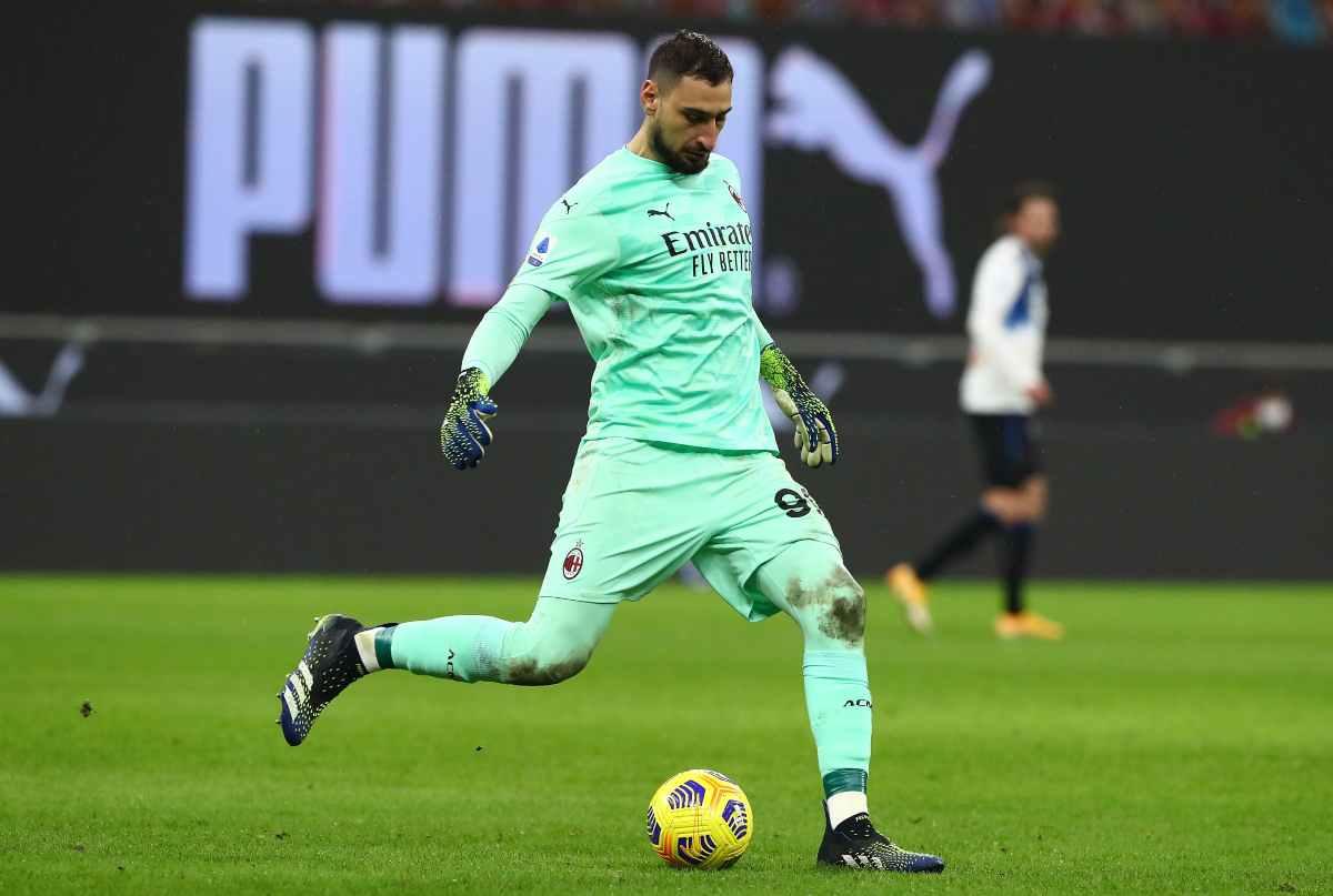"""Calciomercato, """"Il Milan non deve fare altre offerte per Donnarumma"""""""
