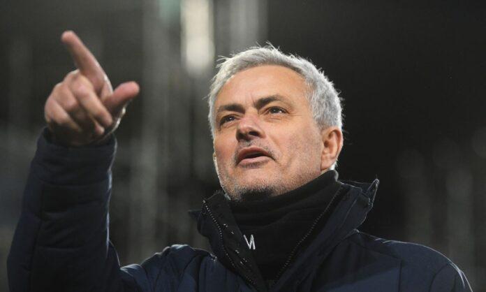 Calciomercato Roma, ecco il primo obiettivo di Mourinho | Colpo in Premier