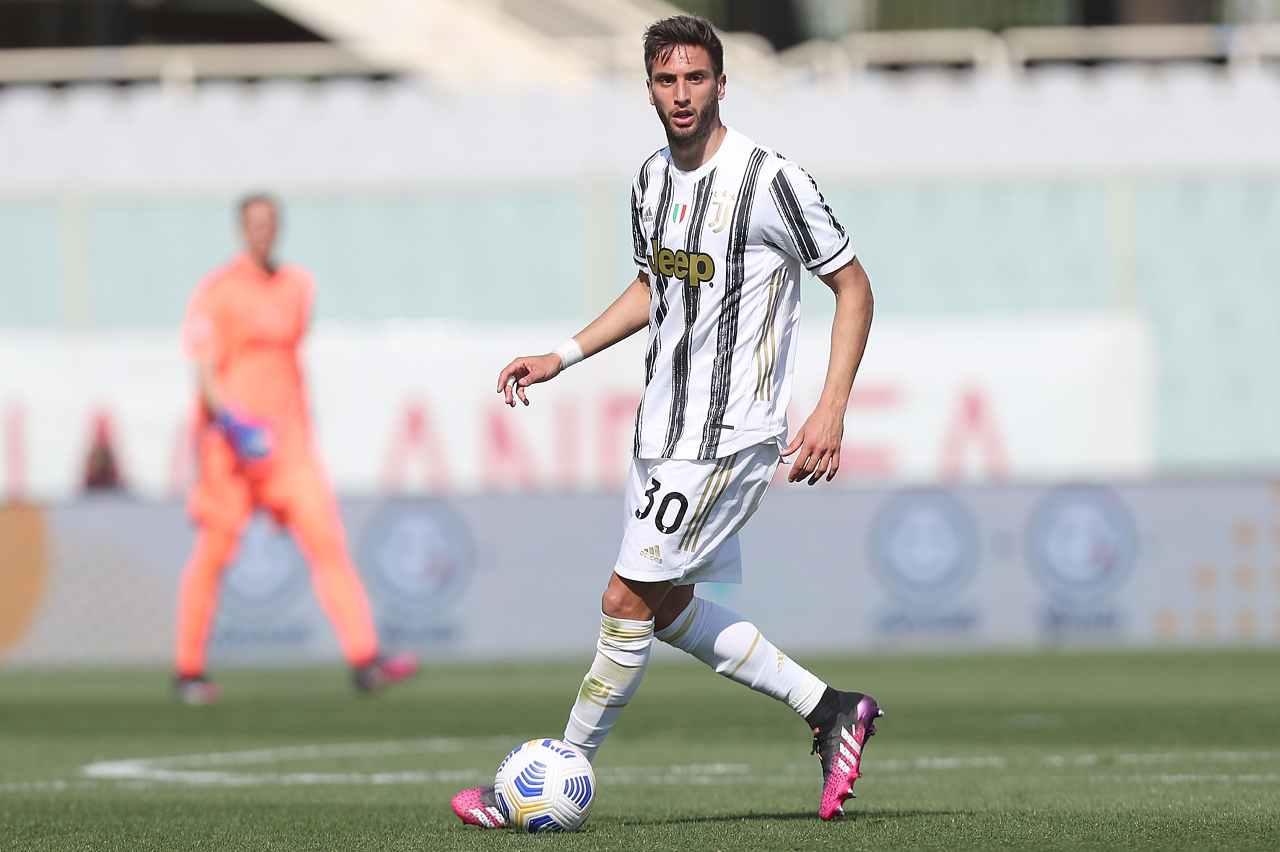 Calciomercato Juventus, doppio scambio con l'Atletico: Dybala-Bentancur per Saul e Correa