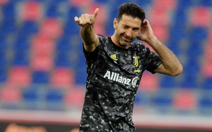Calciomercato Juventus, il Barcellona tenta Buffon | La risposta