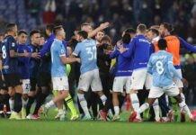 Caos nel finale di Lazio-Inter, nuovo episodio di razzismo in Serie A