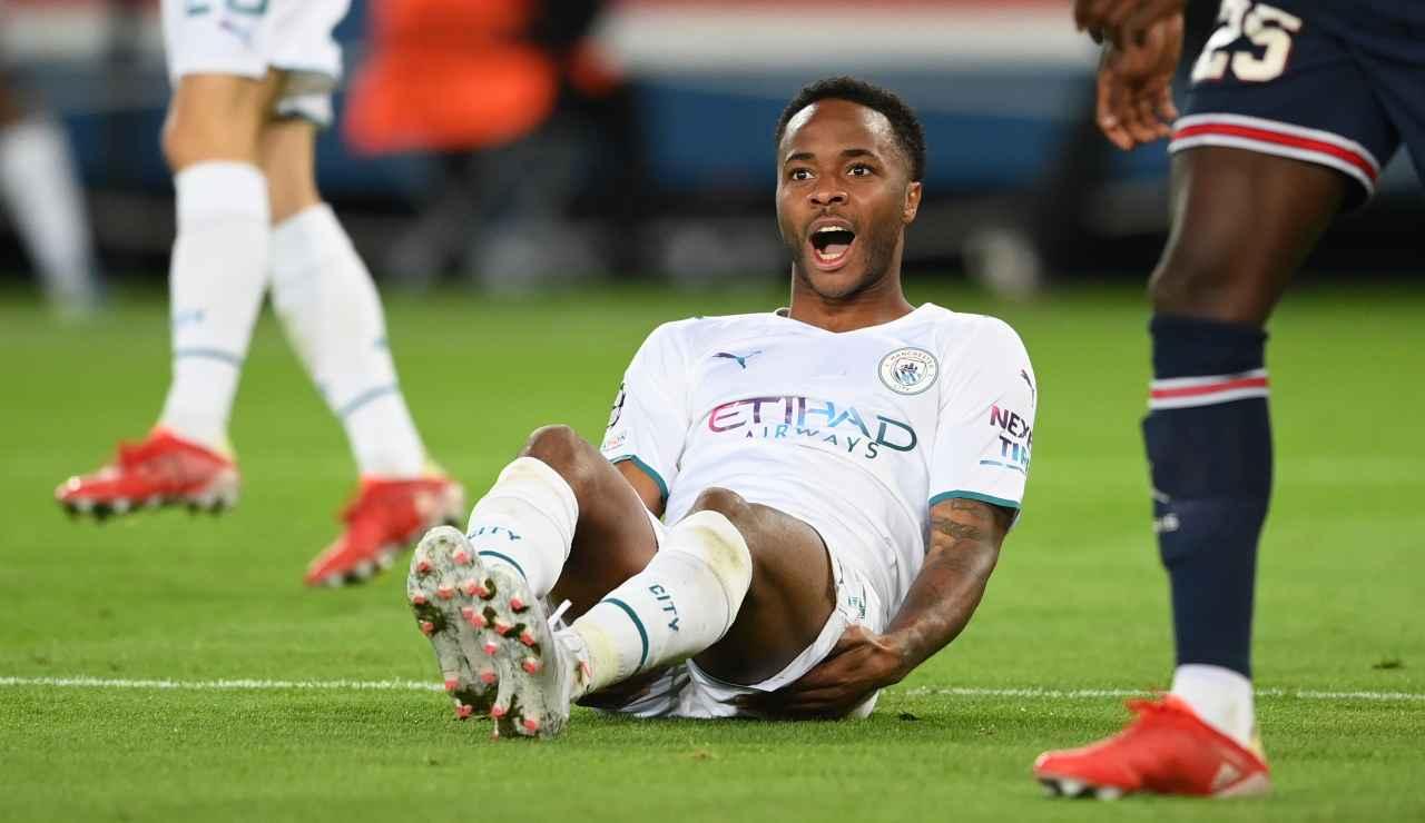 Manchester City, Sterling annuncia l'addio e snobba l'Italia